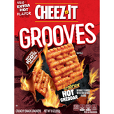 Cheez-it Grooves Scorchin Hot Cheddar Crackers