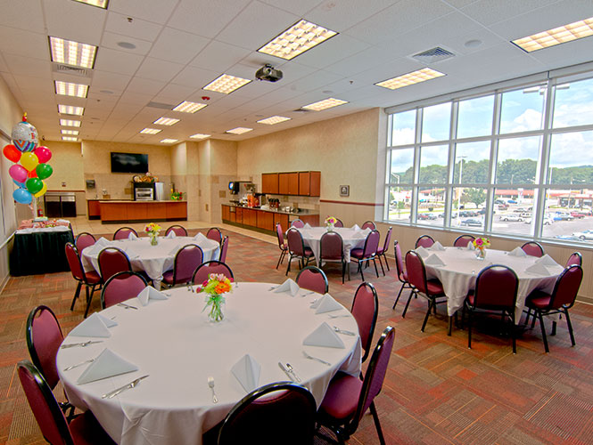 Food City's Euclid Center is the perfect place to hold your next party, event or meeting.
