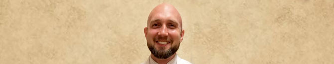 Bryan Fields, Pharm.D., pharmacy manager for the S. Williamson, KY Food City was recently named the recipient of the 2017 John McNiel Customer Service Award.