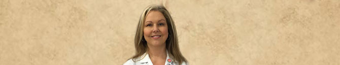 Celeste Watts, R.Ph., pharmacy manager for the Etowah, TN Food City Pharmacy is the recipient of the 2017 John McNiel Customer Service Award.