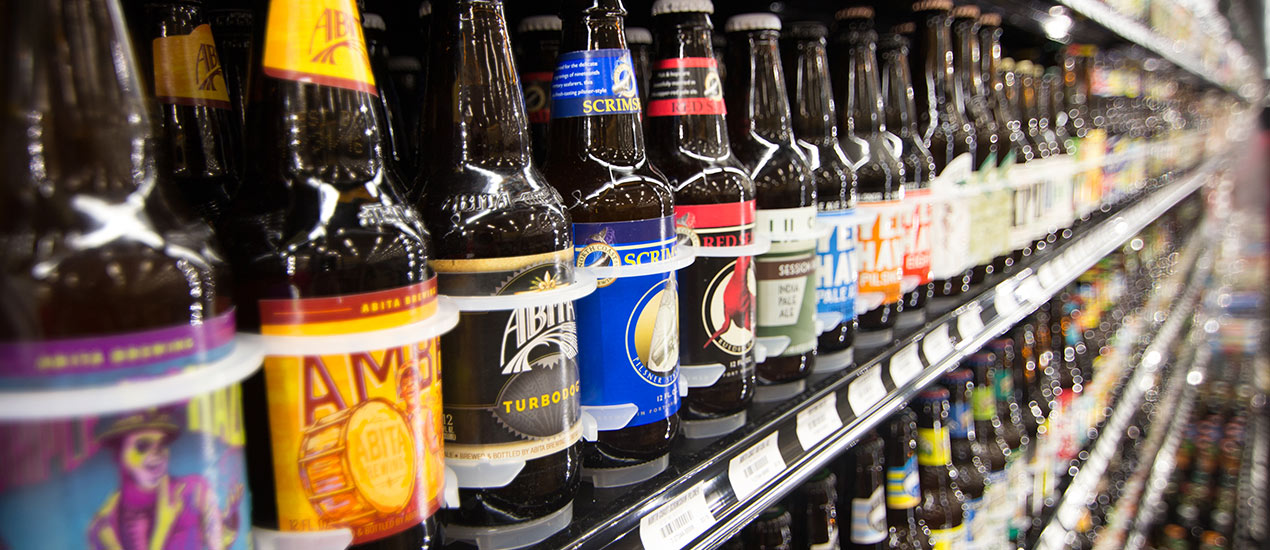 Food City has the largest selection anywhere of craft, ciders, sours, local, regional, domestic and import beers around, including many that are unavailable anywhere else. Whether your taste is for tried and true classics or new local seasonal small batch craft brew, you are sure to find the perfect brew.