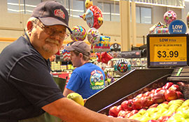 If you have any questions about pour fresh fruits and vegetables, just ask one of our produce experts